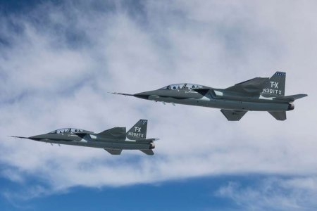 Опытный учебно-боевой самолёт Boeing T-X (BTX1) (США)