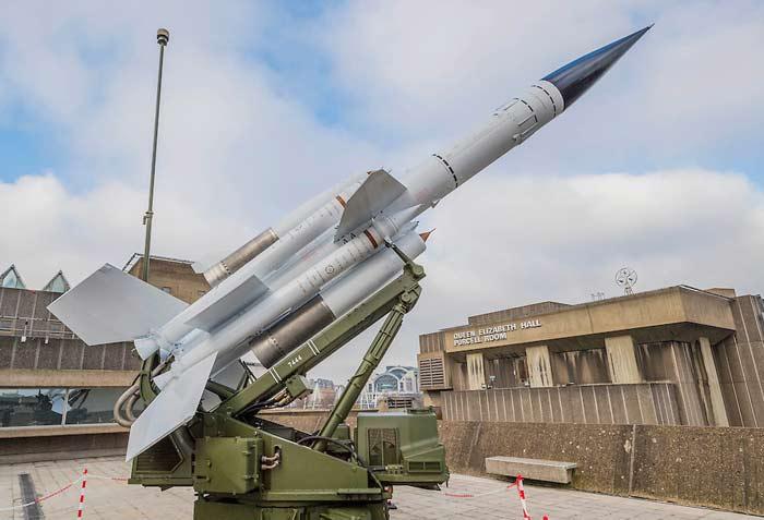 Зенитный ракетный комплекс Bristol Bloodhound (Великобритания)