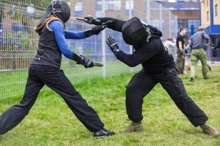 Тренировки с холодным оружием